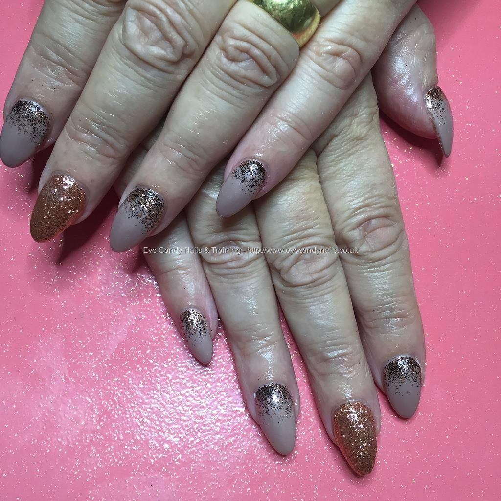 Social Build - Almond Shaped Nails With Posh Gel Polish And Rose ...