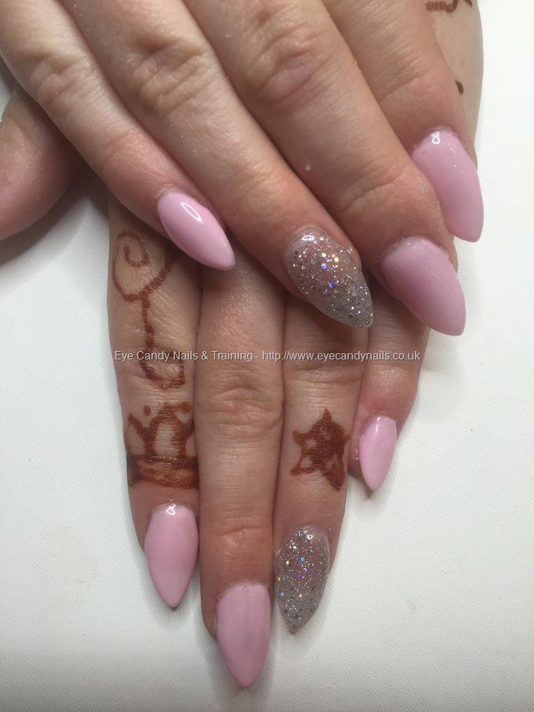 Social Build - Almond Acrylics With Pastel Pink Get Polish And ...