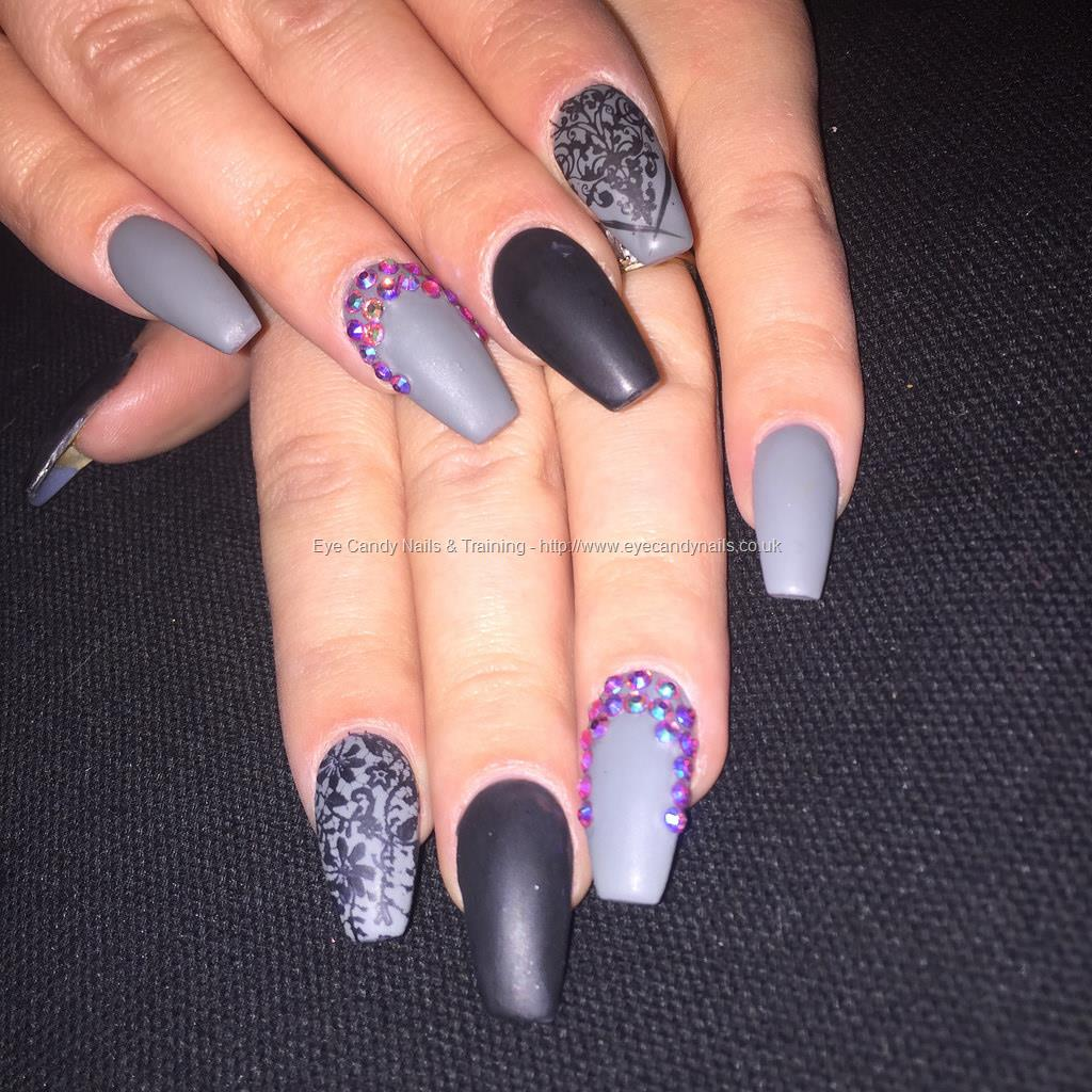 Social Build - Ballerina Acrylics With Matte Black And Grey Gel ...