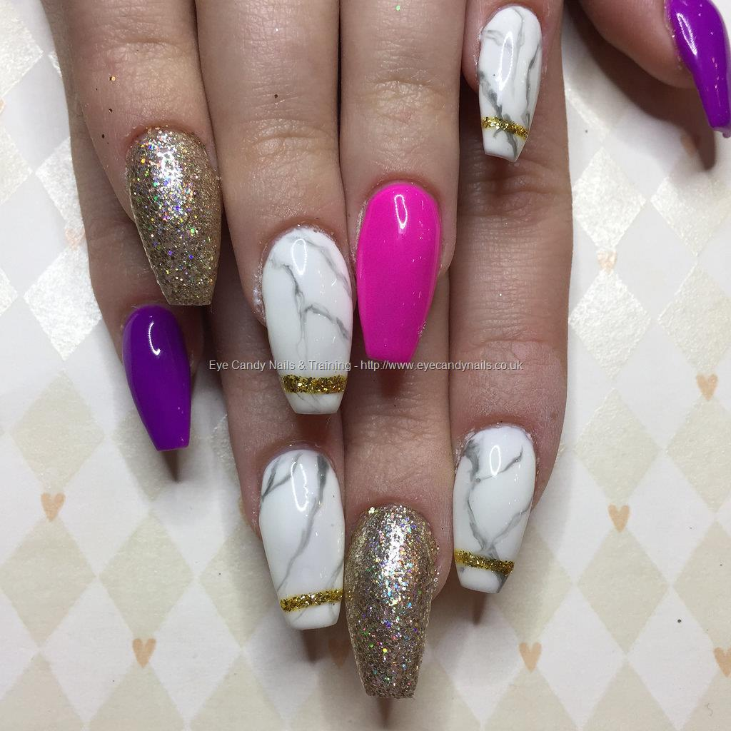 Nail Polish Marble Effect On Glass: Photos Taken Between 24 January 2017 And 31
