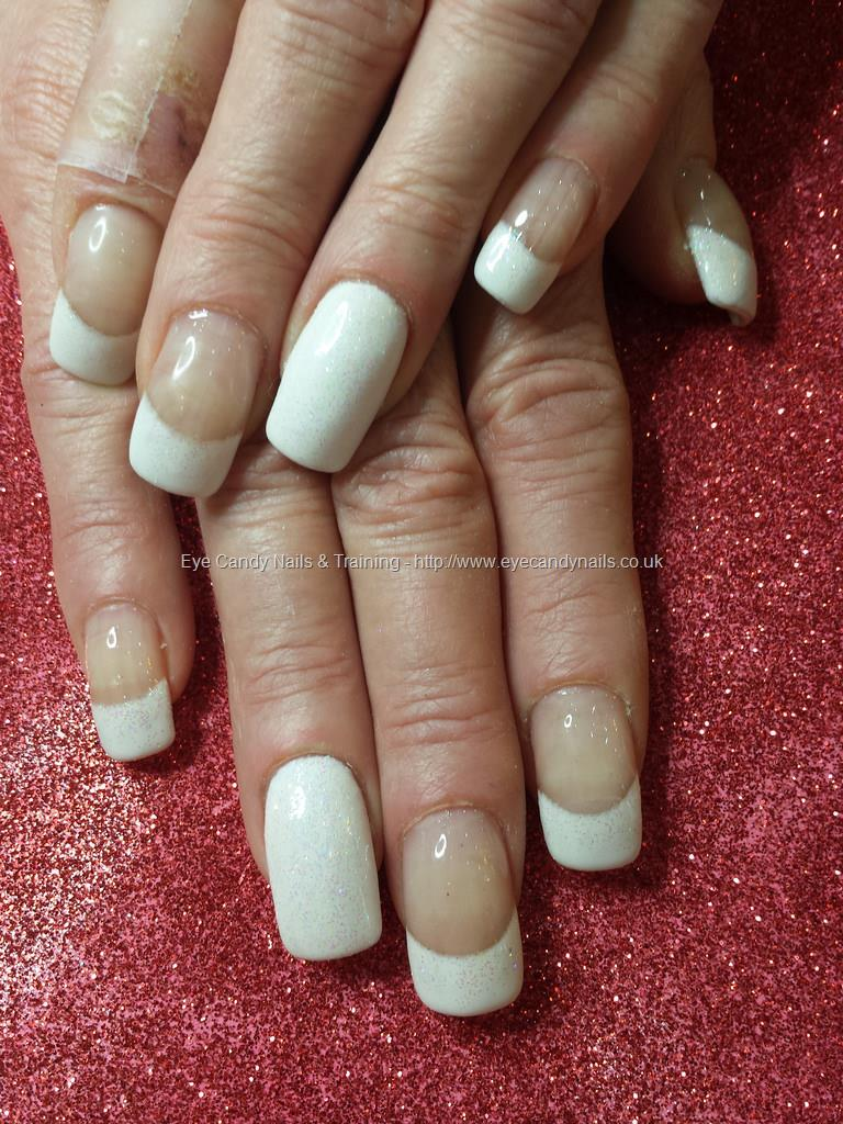 nails technician