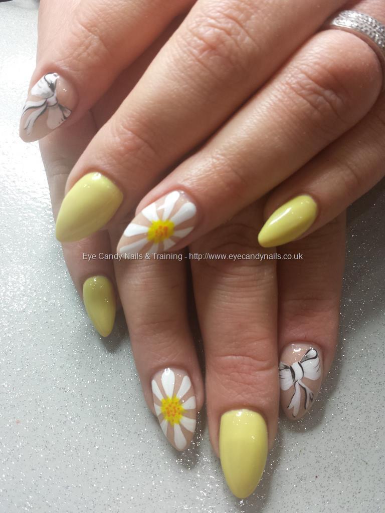 Dev Guy - Lemon Yellow Gel Polish With Freehand Nail Art. Nail ...