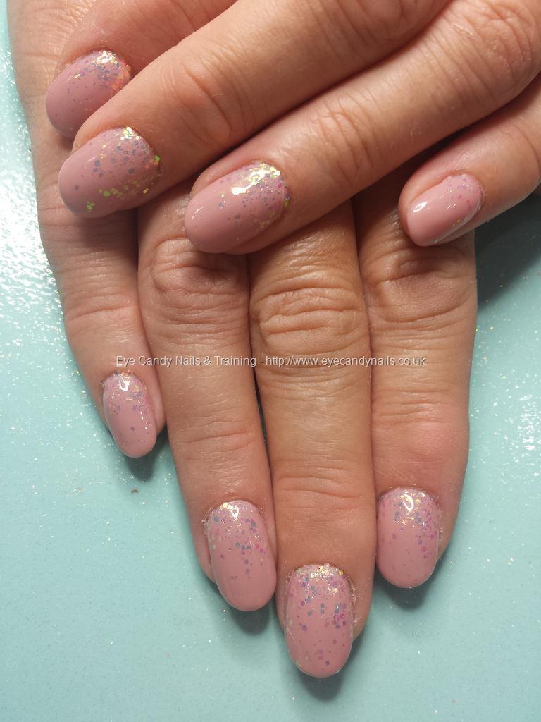 Fancy Glitter Fade Nails Adornment - Nail Art Ideas - morihati.com