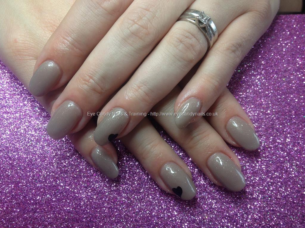 Social Build - Acrylic Nails With Sugar And Cream Gel Polish. Nail ...