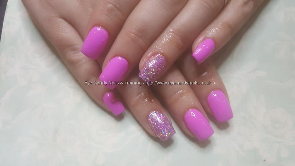 Social Build - Acrylic Nails With Pink Gel Polish And Glitter Dust ...